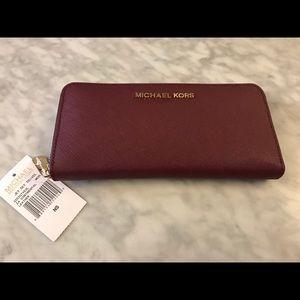 Wine Michael Kors wallet